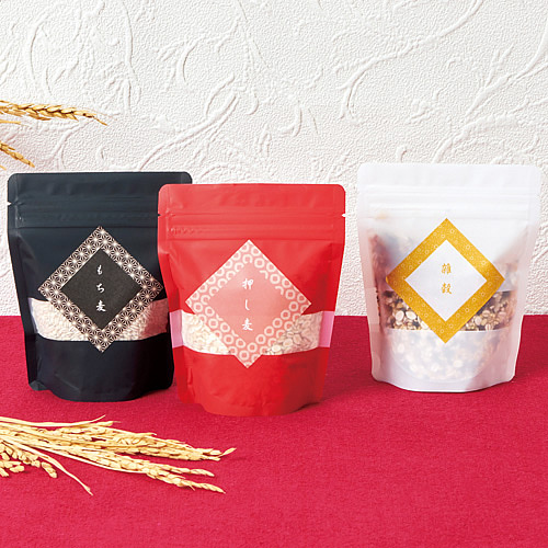 和風な米・雑穀のパッケージ