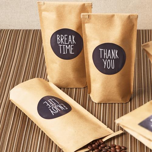 ナチュラルなコーヒーのパッケージ
